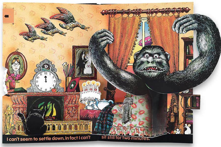 haunted-house-pop-up-book-pienkowski-5