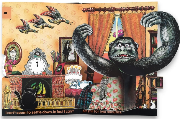 haunted-house-pop-up-book-pienkowski-5